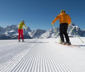 freizeit-winter-ski-221-s-dolomiten-photogruener